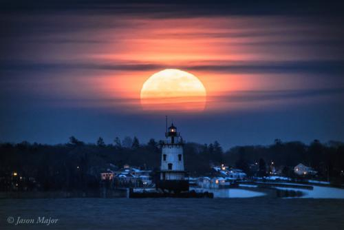 This is a stunning capture of the Super Blue Moon rising on Wednesday, January 31, 2018 over Warwick, Rhode Island by Jason Major. This photo was taken about 8 hours after the lunar eclipse ended. Image Credit: Jason Major